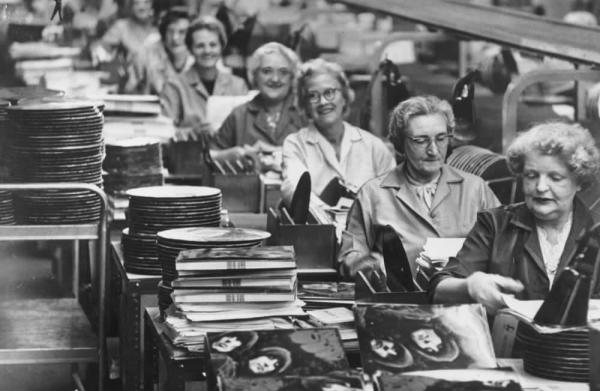 A fascinating look back into the history of vinyl records!