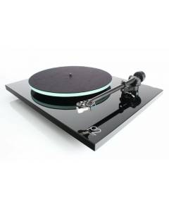 Rega Planar 2 Turntable in Gloss Black or Gloss White
